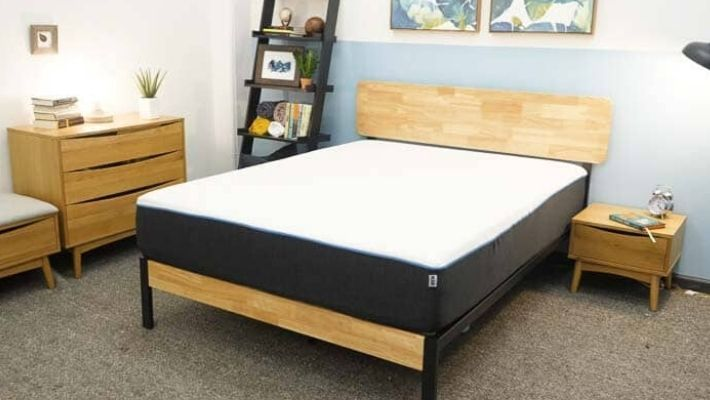 Best Mattress For Hip Pain UK – 2020 Edition