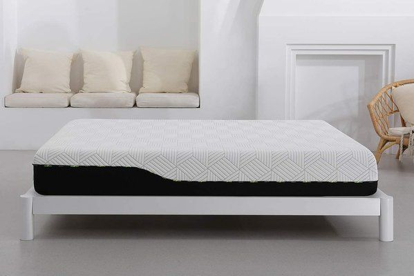 Maranon Memory Foam Rolled Mattress