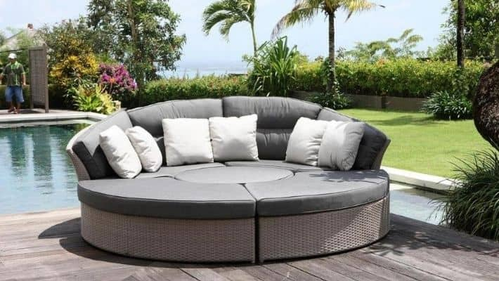 Garden Sofa Bed – 2020 Edition