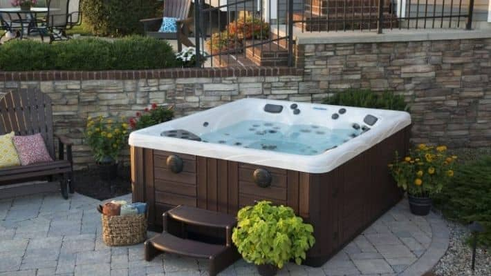5 Person Hot Tub UK – 2020 Edition