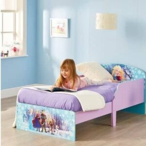 Wooden Toddler Bed UK – 2021 Edition